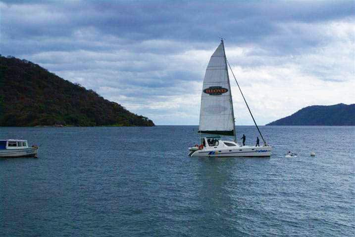 Sailing through Lake Malawi National Park